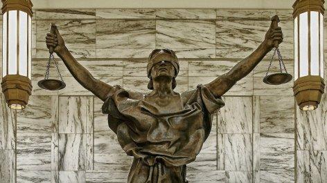Goddess-Lady-Justice-Statue.jpg